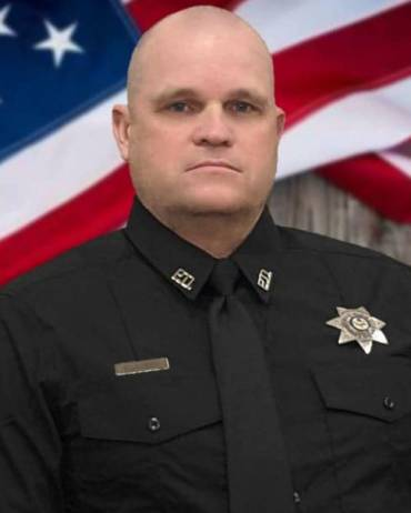 Police Officer Kevin Apple